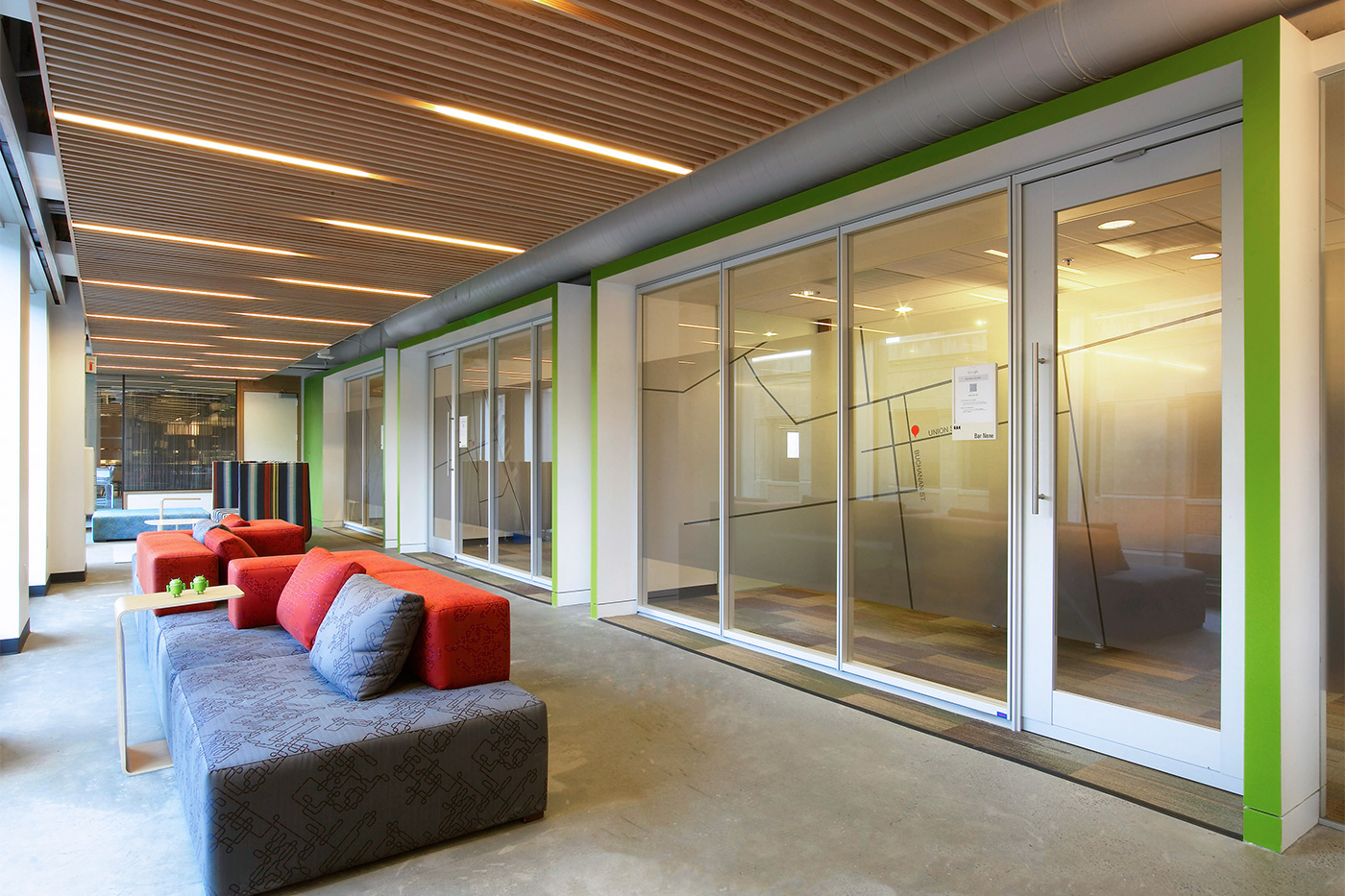 Google s luxurious campus in san francisco officelovin 39 for Office design usa