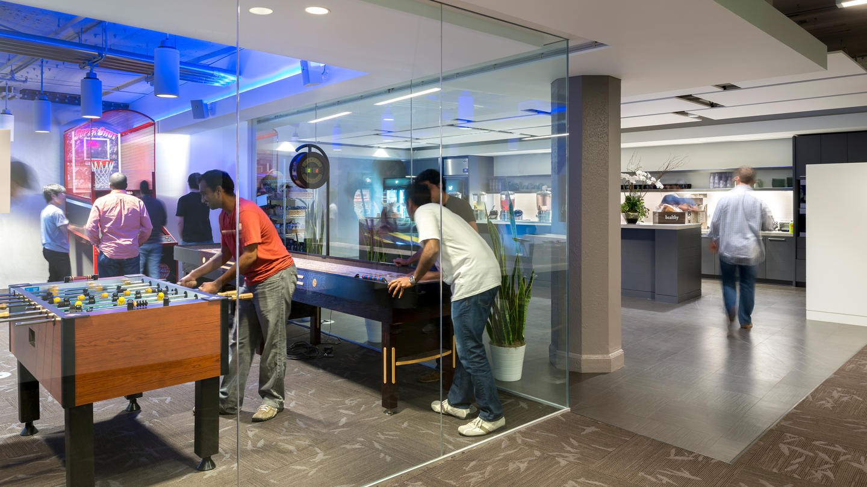 Take a Tour of Twitter's San Francisco Headquarters ...