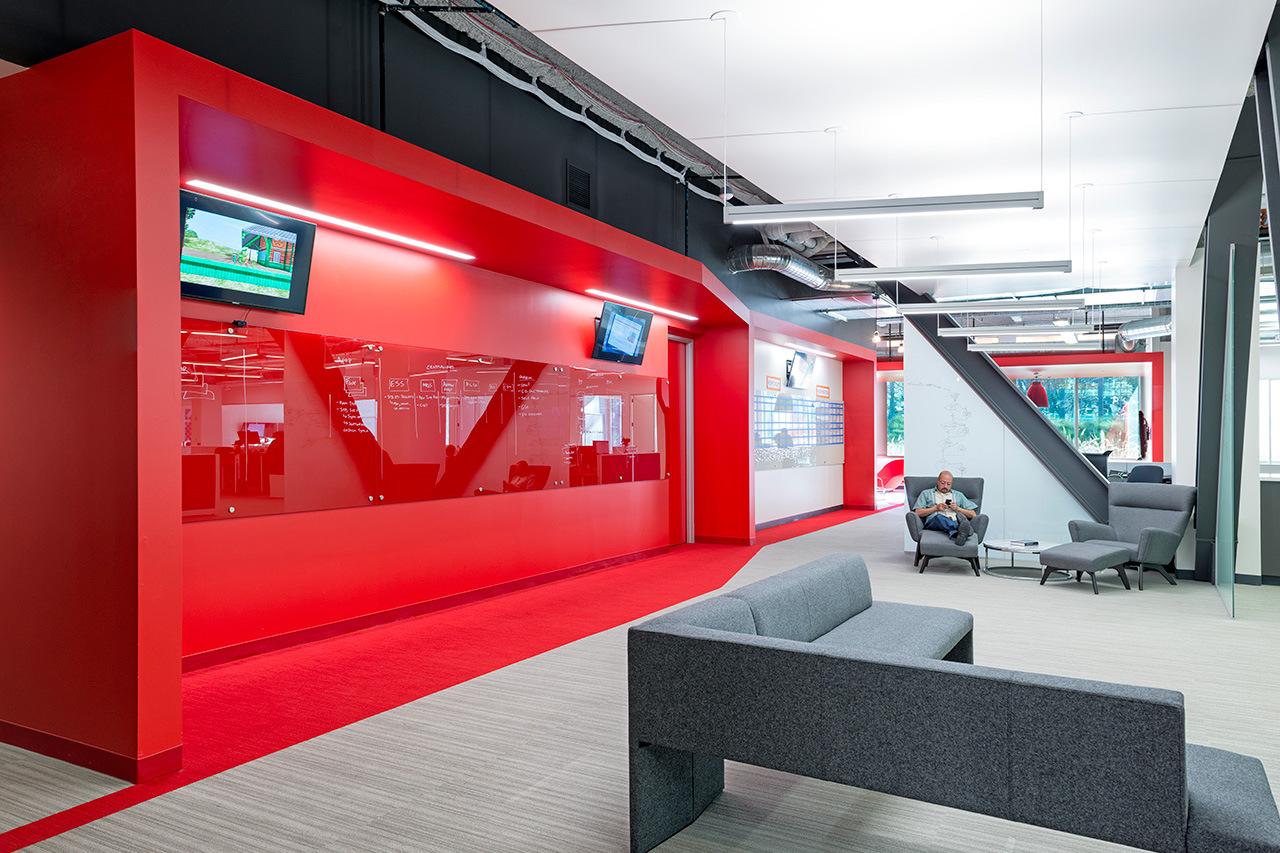Comcast's Sunnyvale Innovation Center by Design Blitz