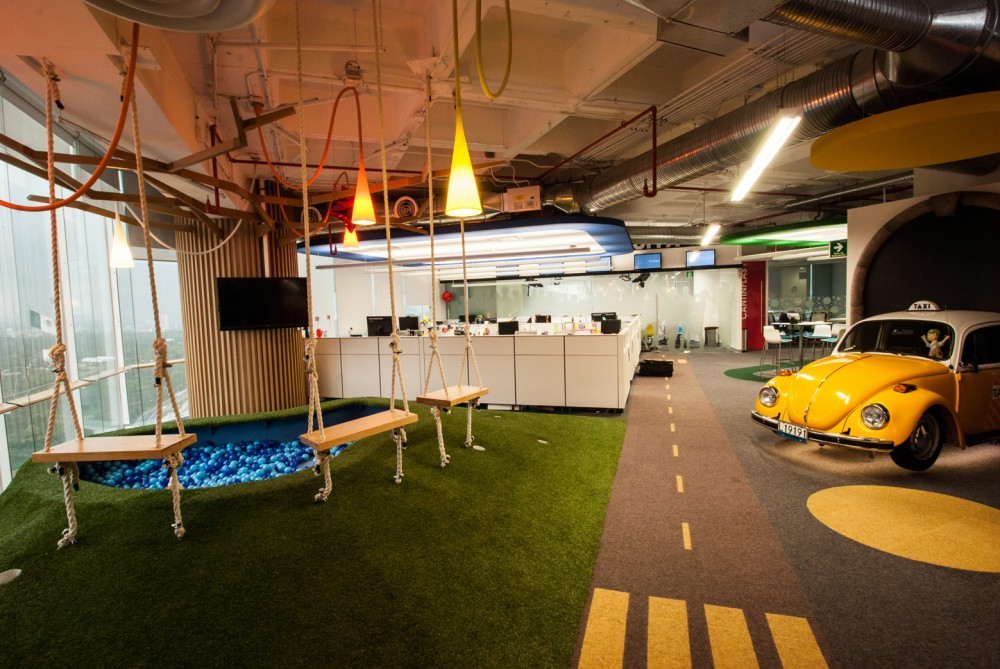 The google office Main Breakout Spaceu2026 Officelovin Googles New Mexico City Offices Officelovin