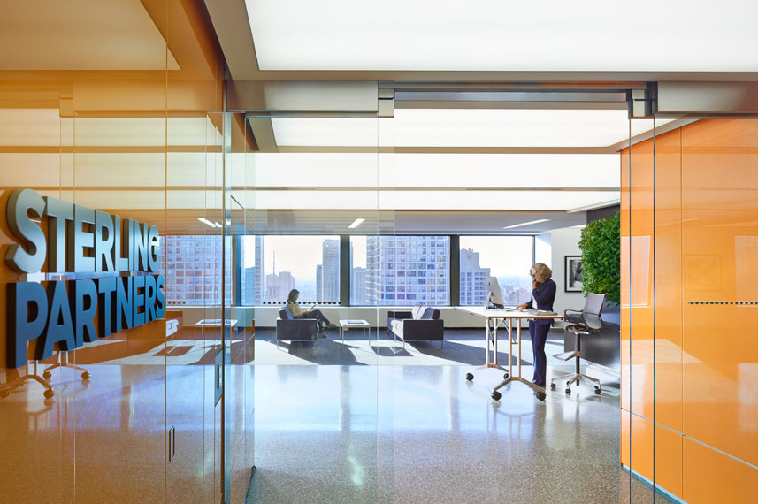 Sterling Partners' Chicago Office by Brininstool + Lynch