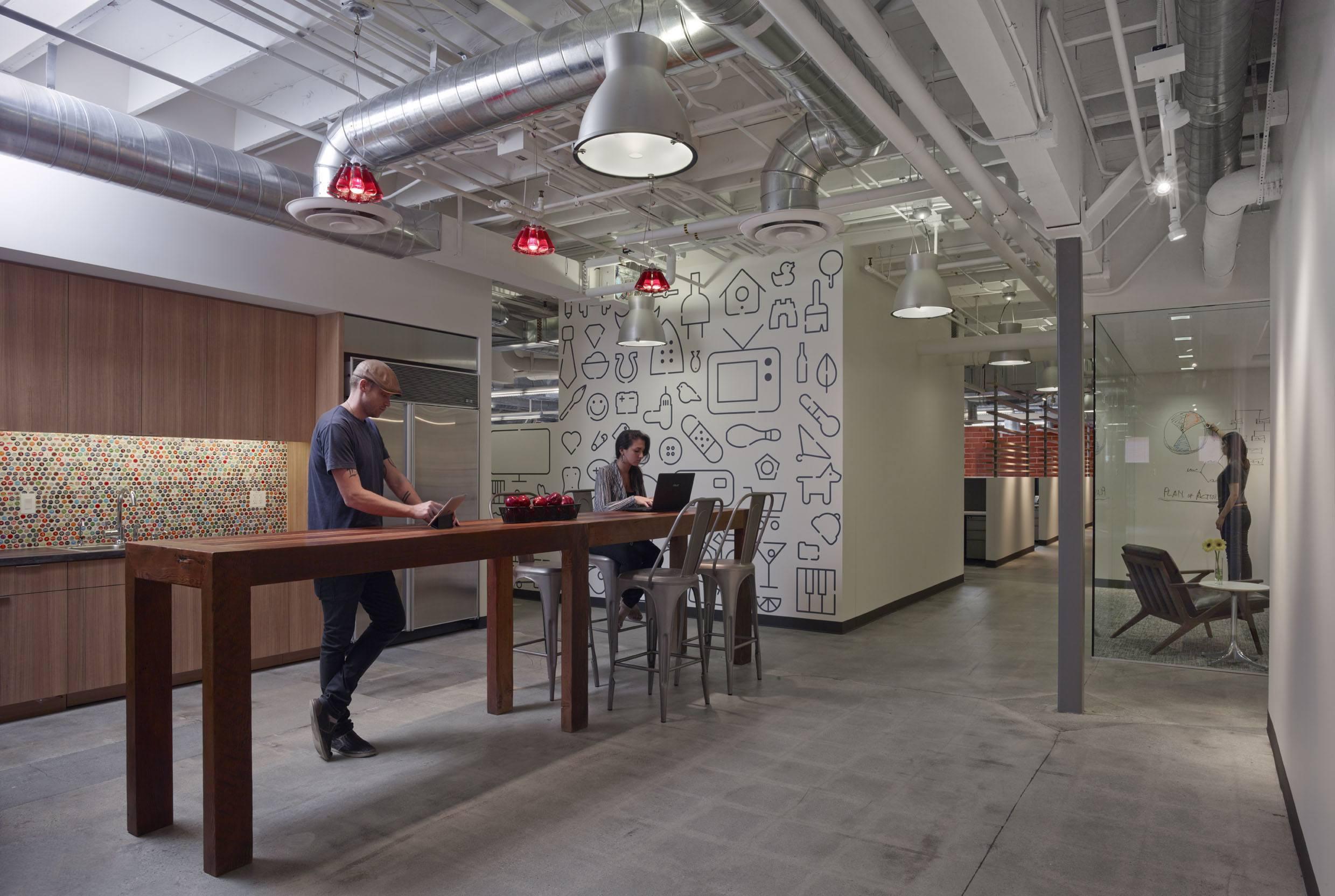 Inside Buzzfeed S Soho Offices Officelovin 39