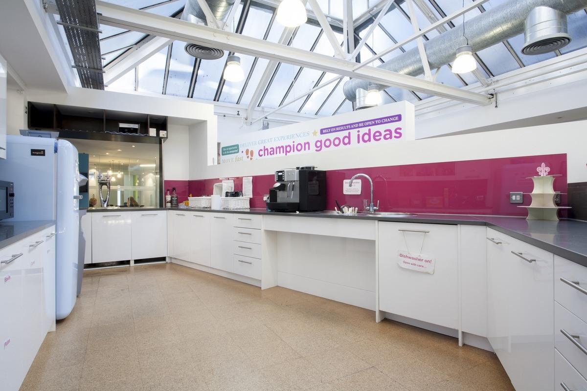 A Look Inside LivingSocial\'s London Offices - Officelovin\'