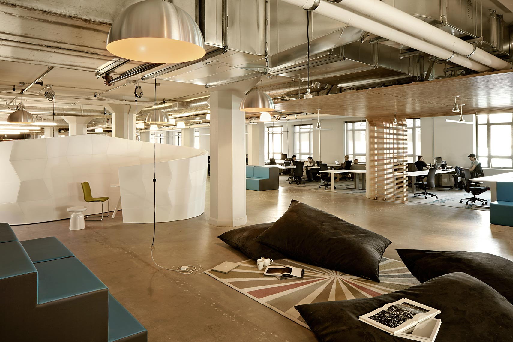 Office Furniture Corporate Meeting Rooms