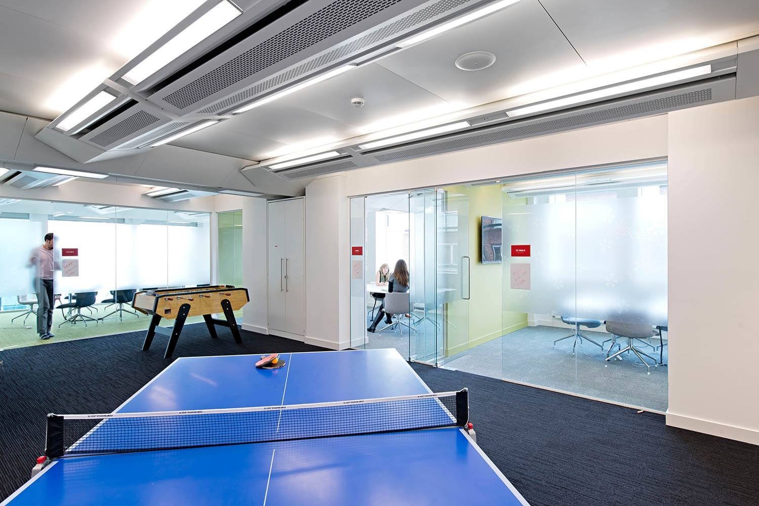 An Exclusive Look Inside Yelp S London Offices Officelovin