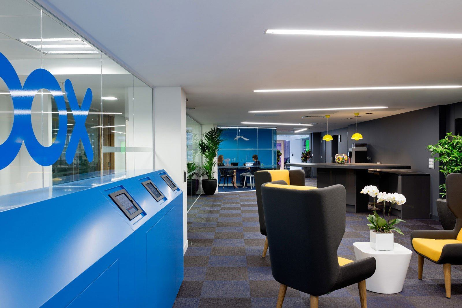Inside box s london offices officelovin 39 for Interior design office london