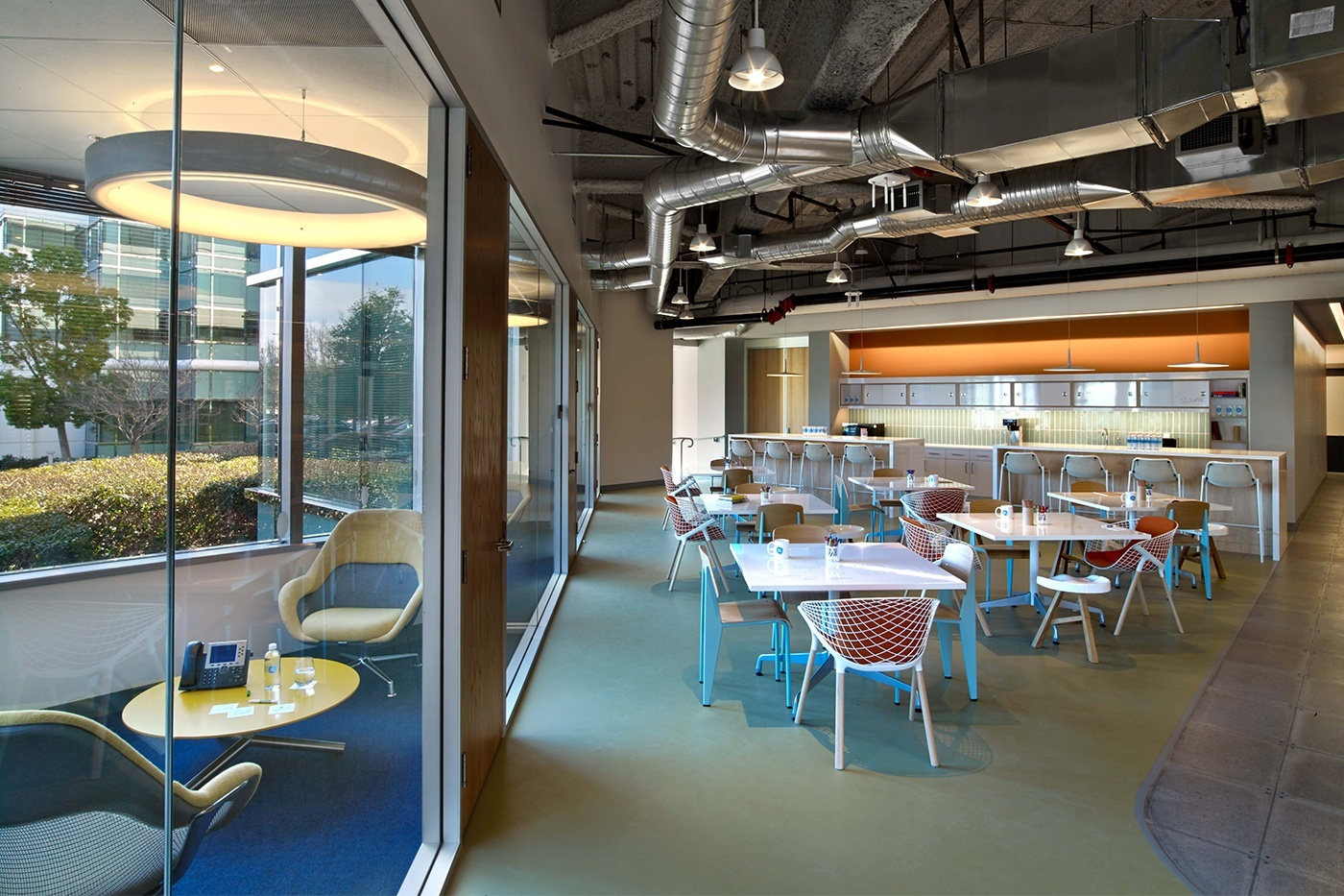 Ge S Chic Design Center By Rapt Studio Officelovin