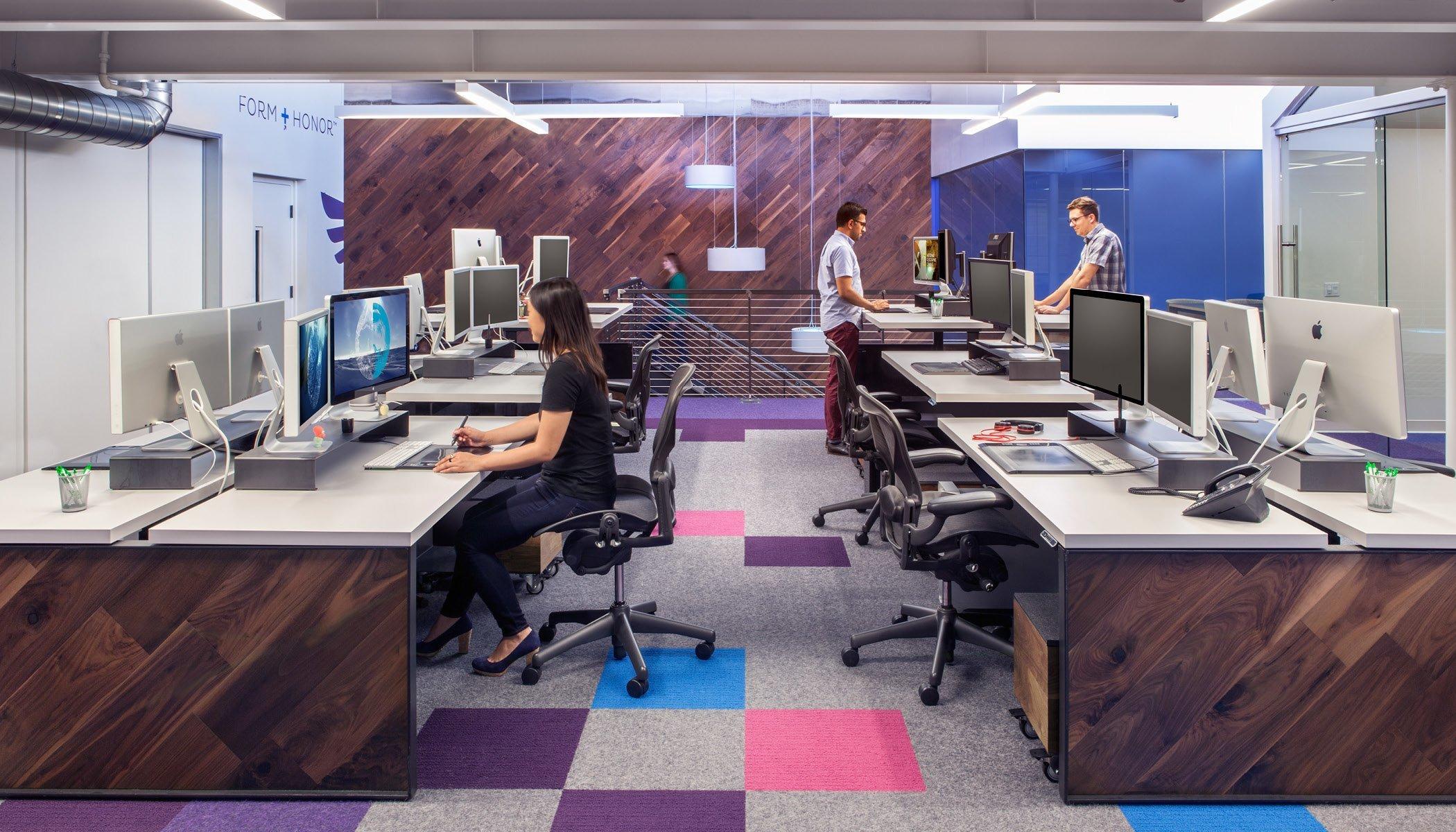 Inside capacity s los angeles office officelovin 39 for Mash studios lax