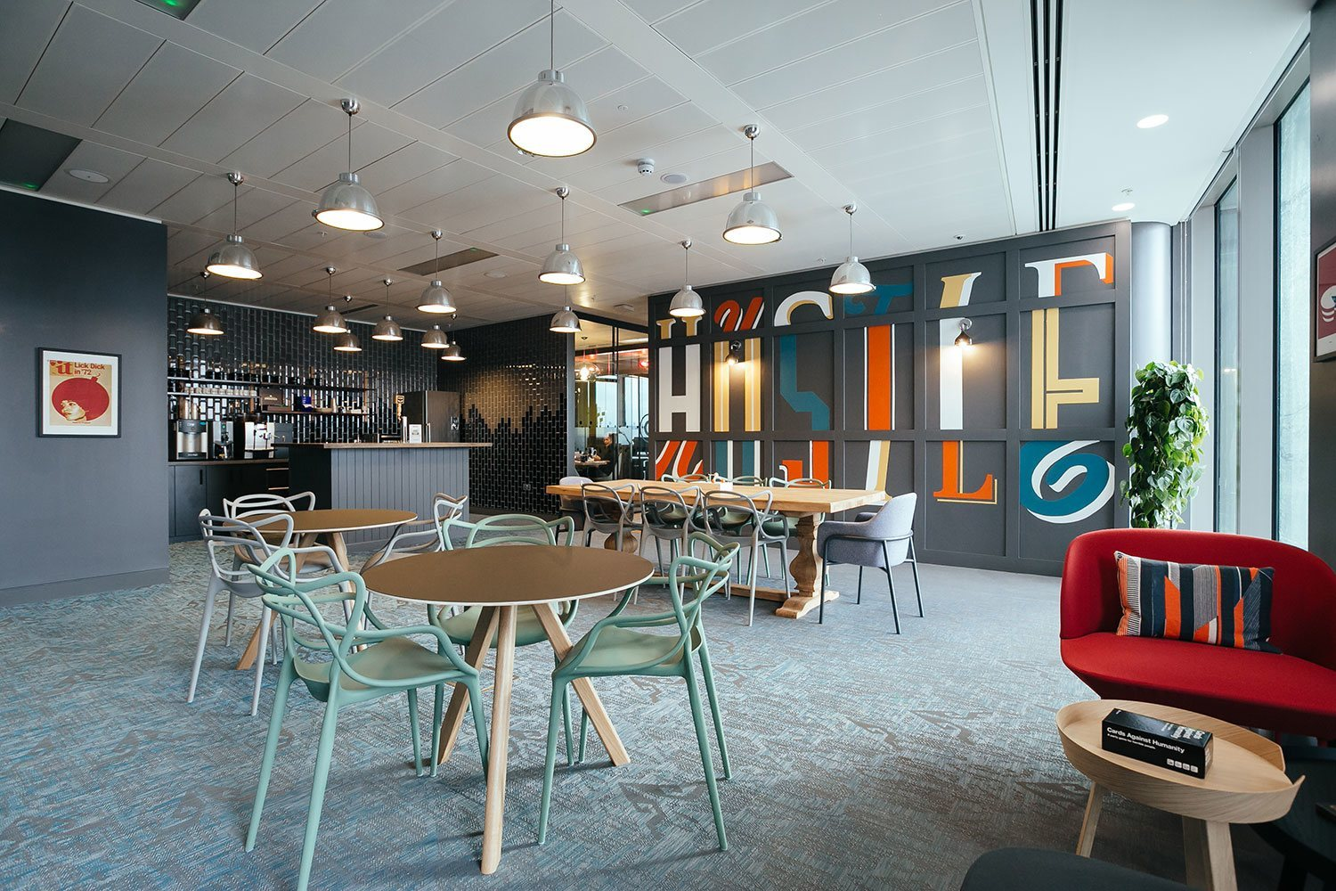Wework london s south bank area officelovin 39 for Office design works