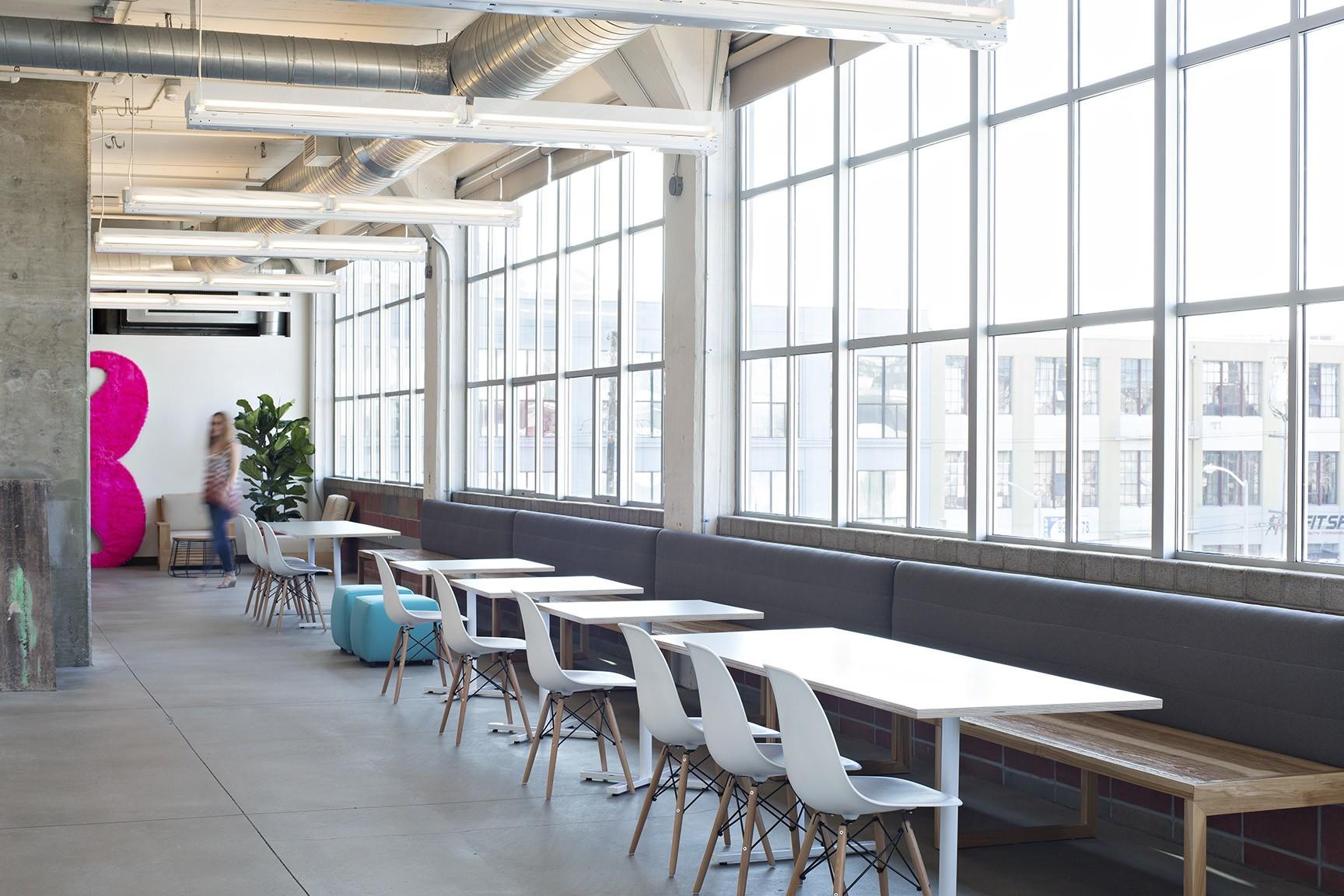Inside Lyft S Cool San Francisco Headquarters Officelovin
