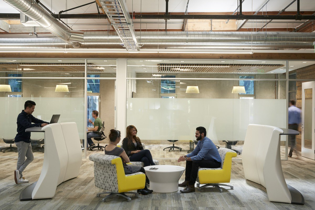 Take a look at shipwire s sunnyvale offices officelovin 39 for Bureau high tech