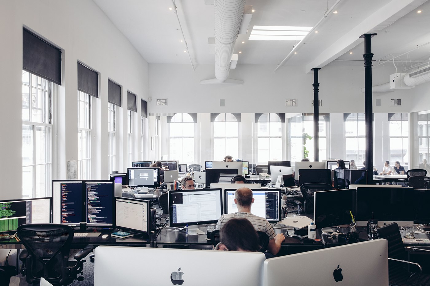 Inside squarespace s new york city headquarters officelovin 39 - Bureau style new york ...