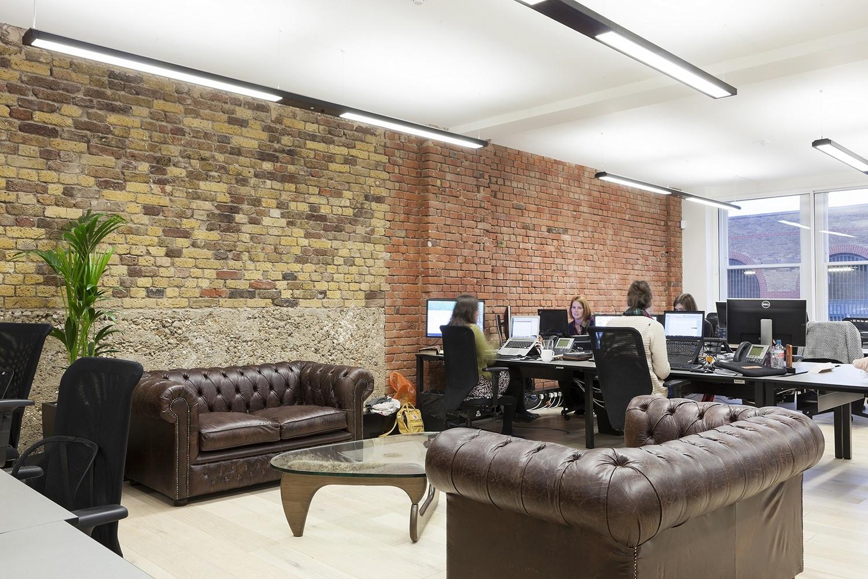 A Look Inside Kayak S Elegant London Office Officelovin