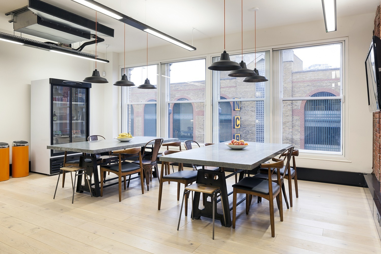 kayak-london-office-9