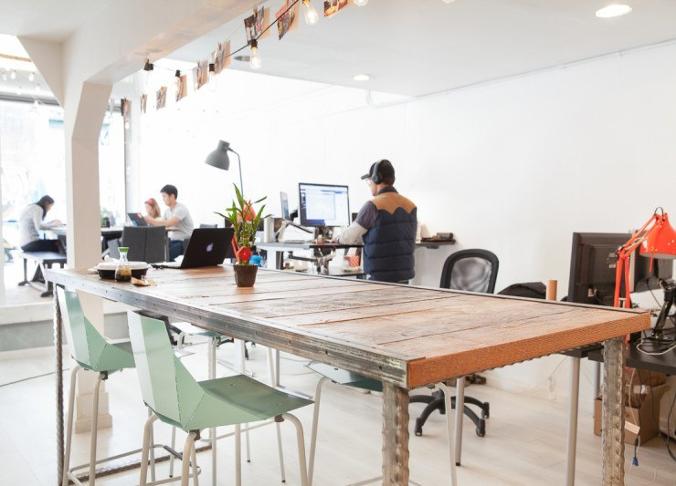 A Look Inside Tint S Cool San Francisco Office Officelovin