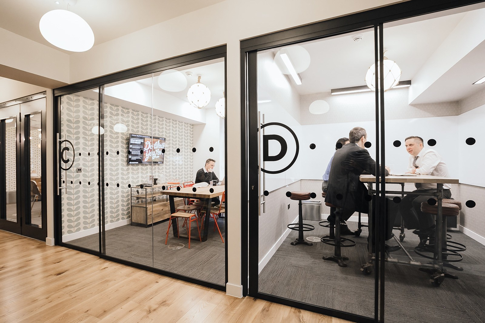 An exclusive look inside wework coworking in london s soho officelovin 39 - Small office space london property ...
