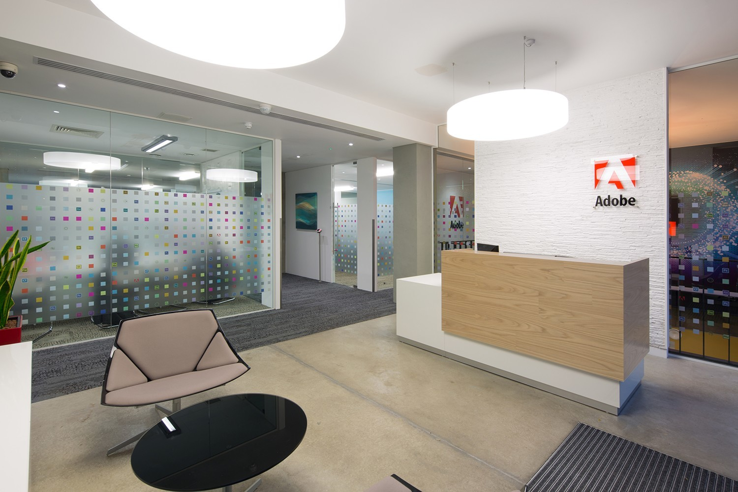 A Look Inside Adobes New London Office Officelovin