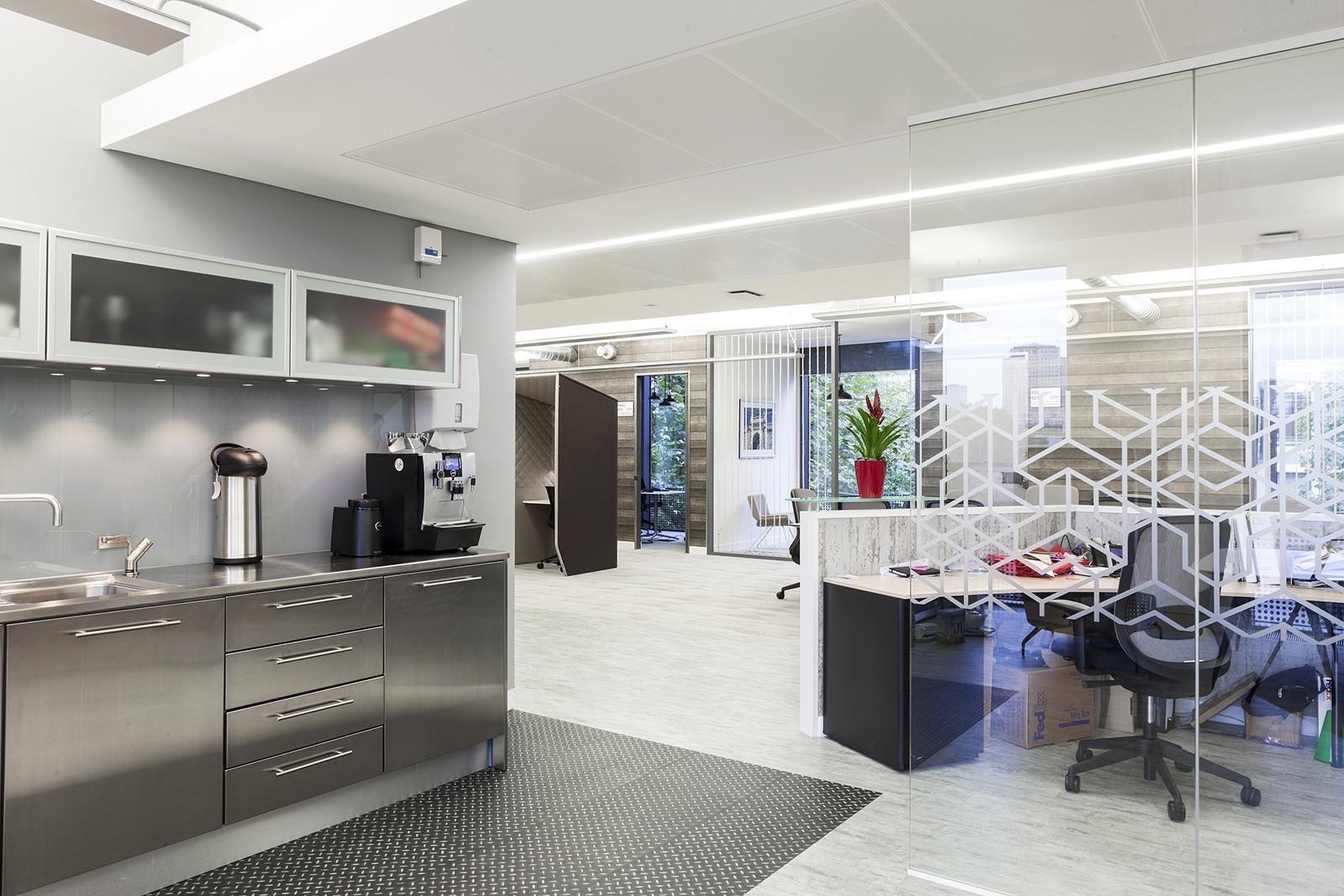 Take a Look at Fieldglass' Elegant Office in London ...