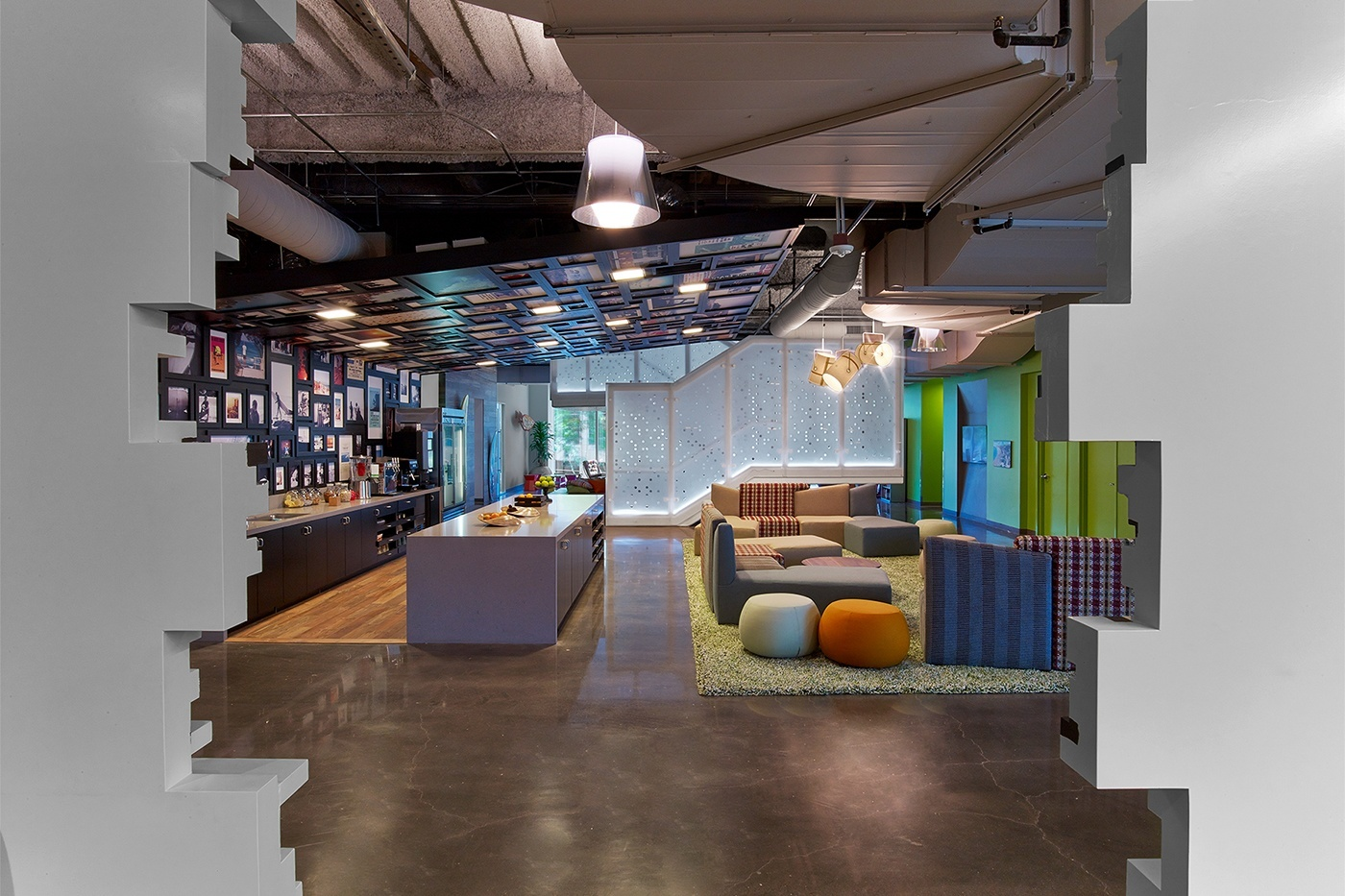 Take a Tour of Google's Chic Irvine Office - Officelovin'