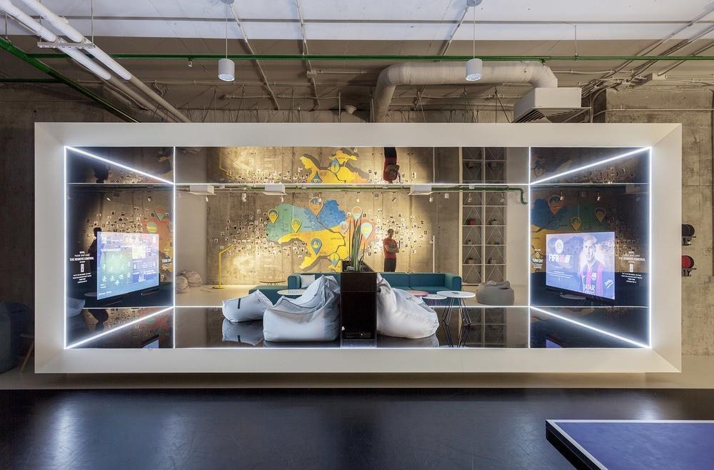 A Look Inside Playtech S Stylish Kiev Office Officelovin