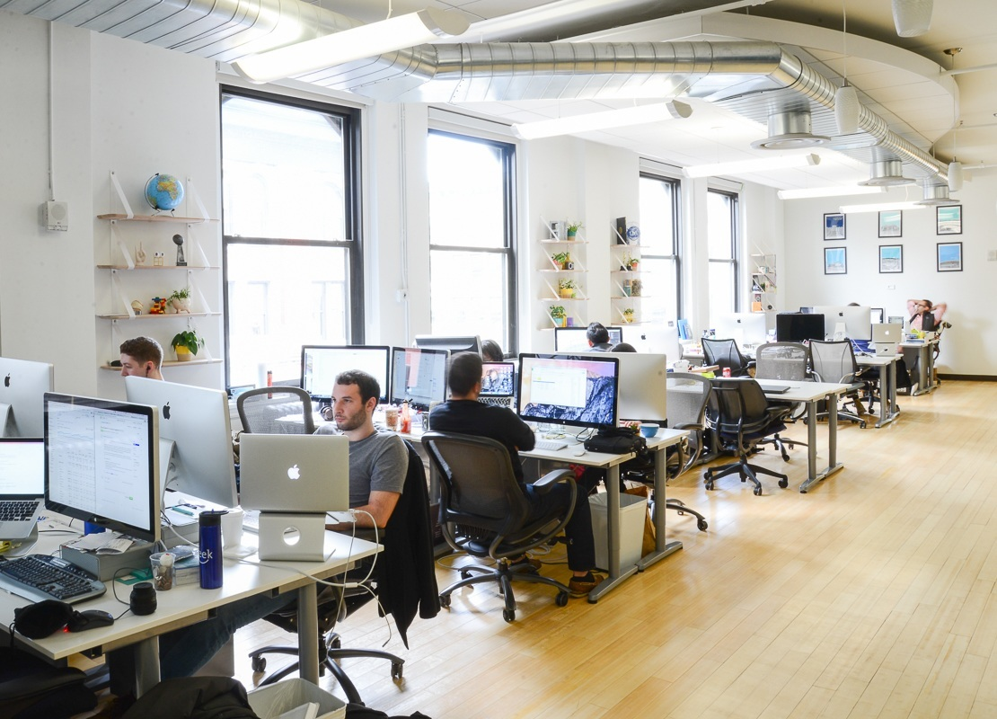 A peek inside seatgeek s new york city office officelovin 39 for Interior design office new york