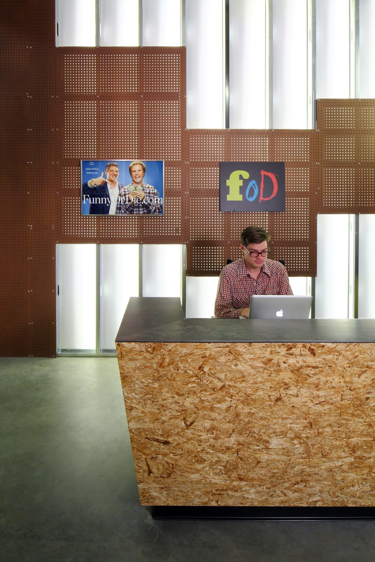 A Look Inside Funny Or Die S Los Angeles Campus Officelovin