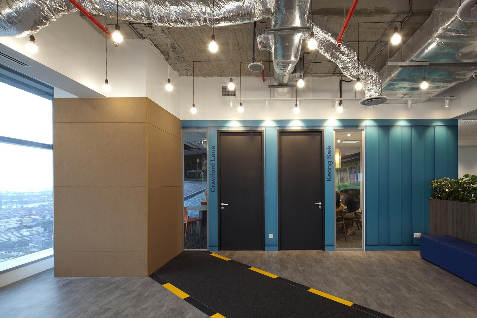 booking-com-singapore-office-8