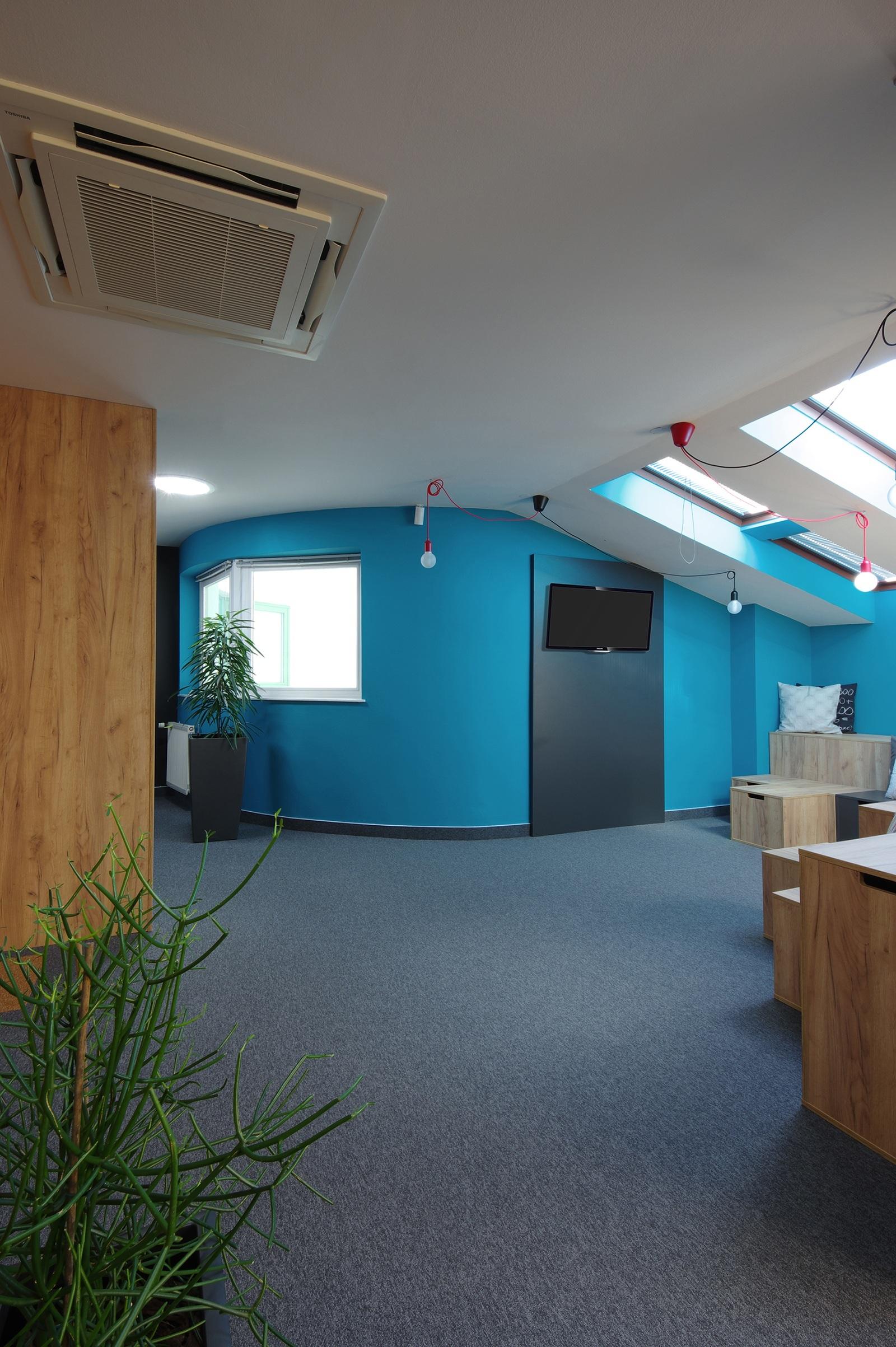 skrz-prague-office-9