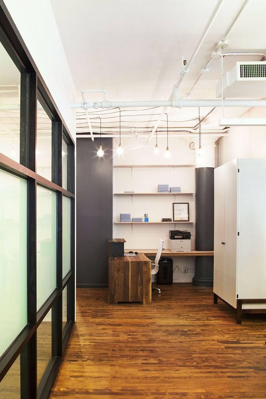 taykey-office-desk-1