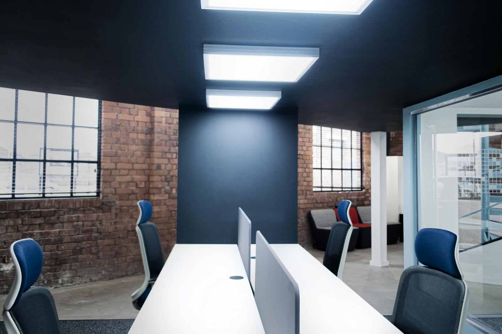 Take a Look at The Pixel\'s Stylish Bristol Office - Officelovin\'