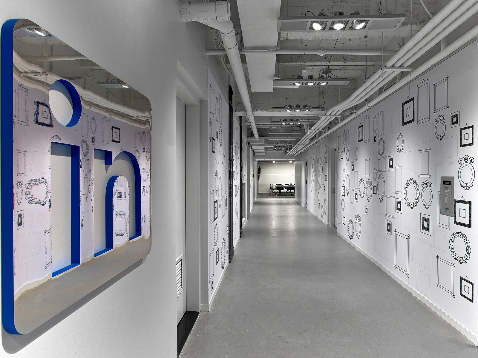 A tour of linkedin s beautiful new york city office - Are there offices in the empire state building ...