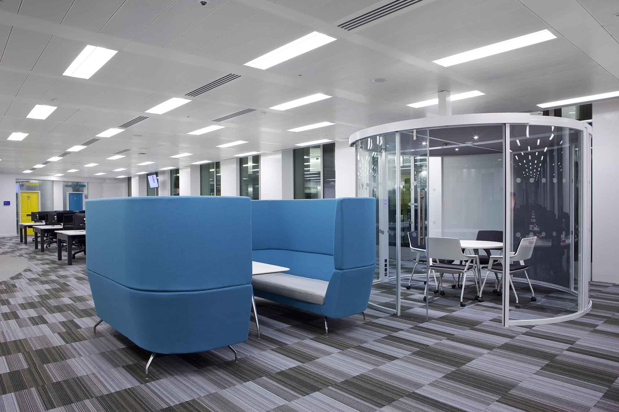 A Look Inside Autotrader\'s Cool London Office - Officelovin\'