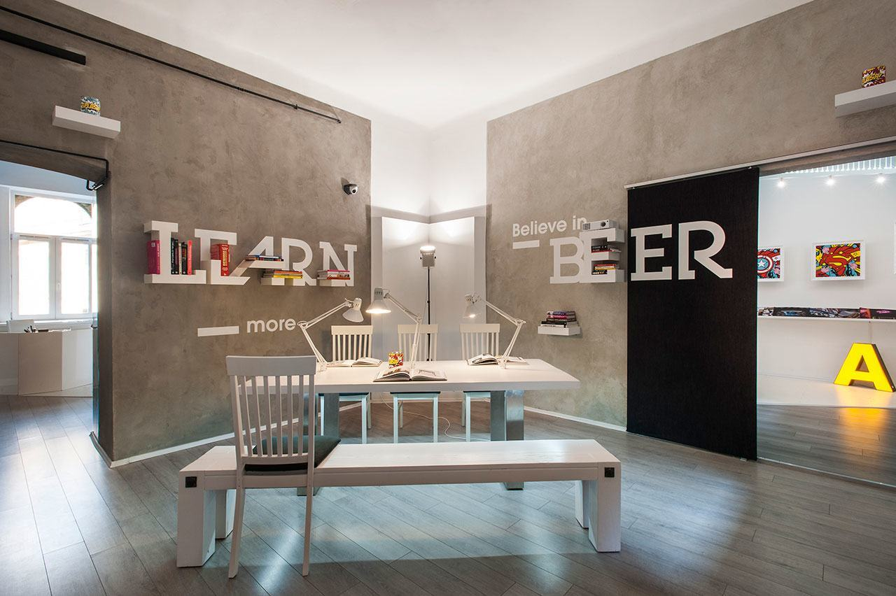 Inside dekoratio s colorful budapest office officelovin 39 for Studio interior design brescia