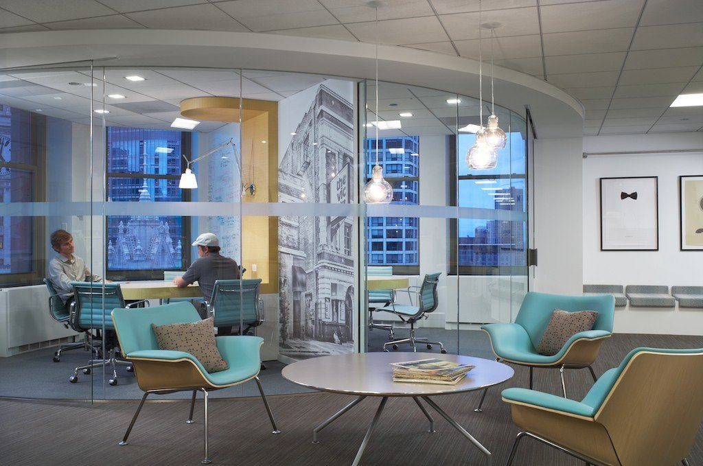 A Look Inside Pandora S Stylish Chicago Offices Officelovin