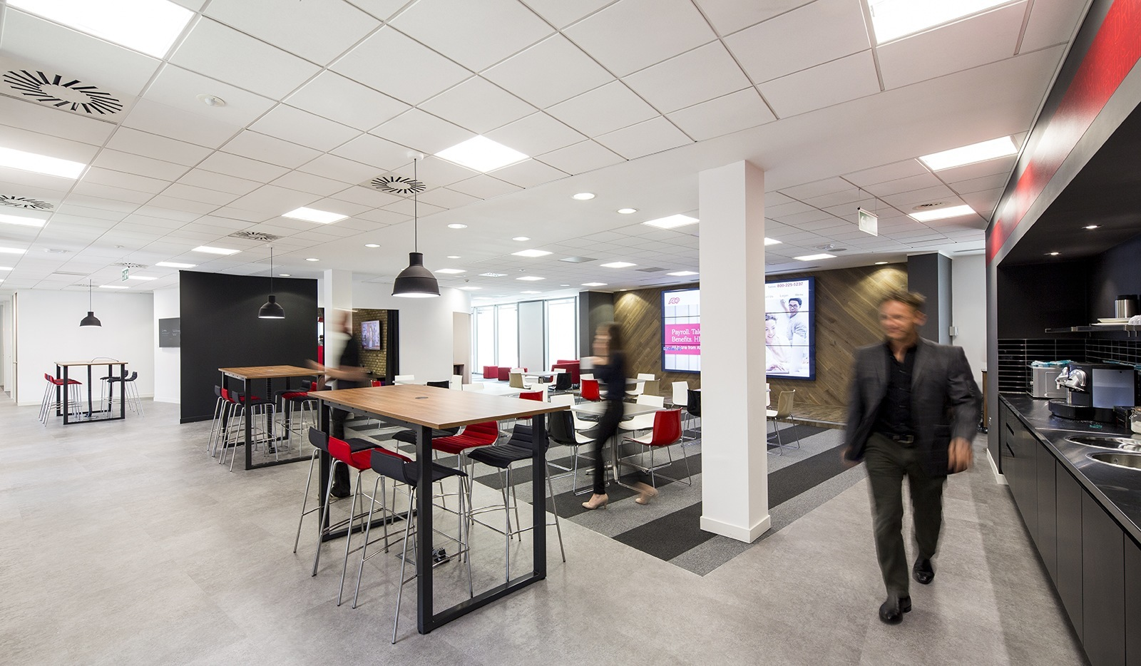 an exclusive look inside adp s new bristol office officelovin kitchen adp bristolbluejel5