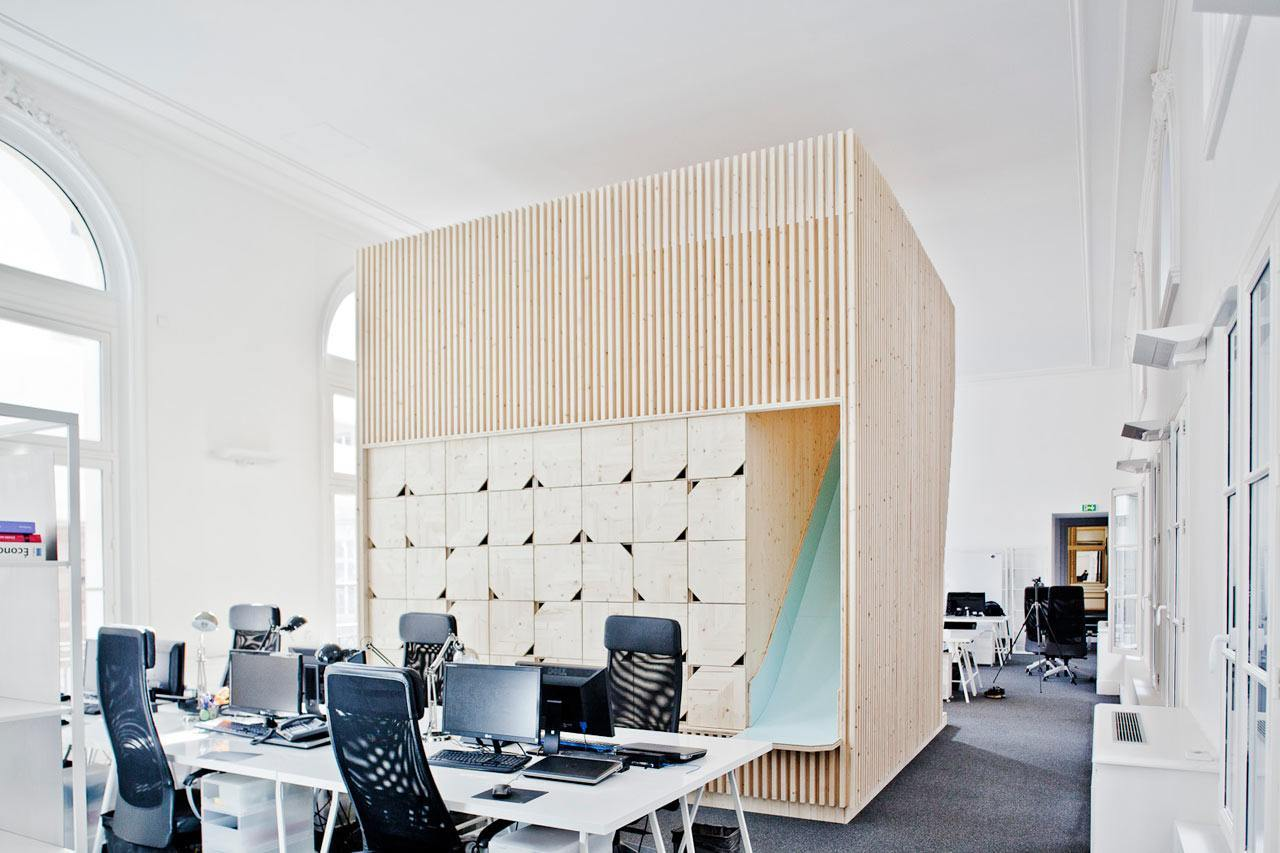 Inside ekimetrics gorgeous offices in paris officelovin 39 for Beautiful modern office design
