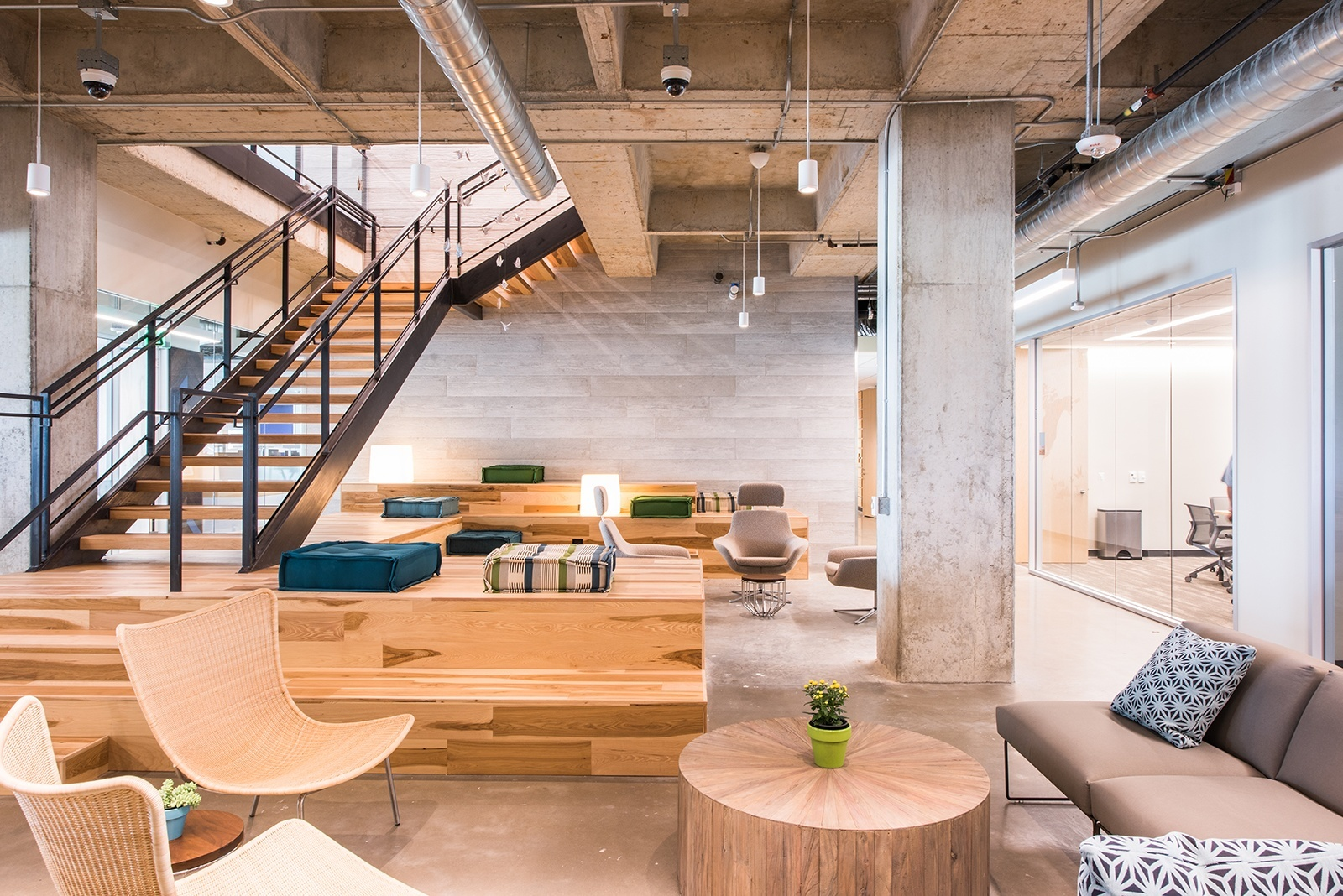 A Tour of HomeAway's Beautiful New Office