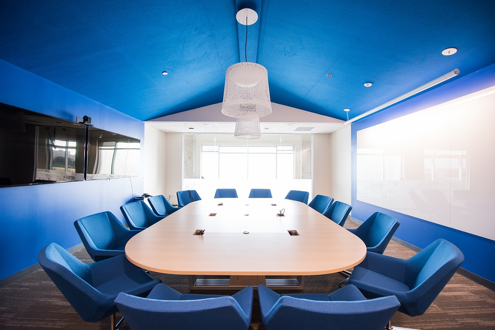 10. HomeAway Domain – conference room
