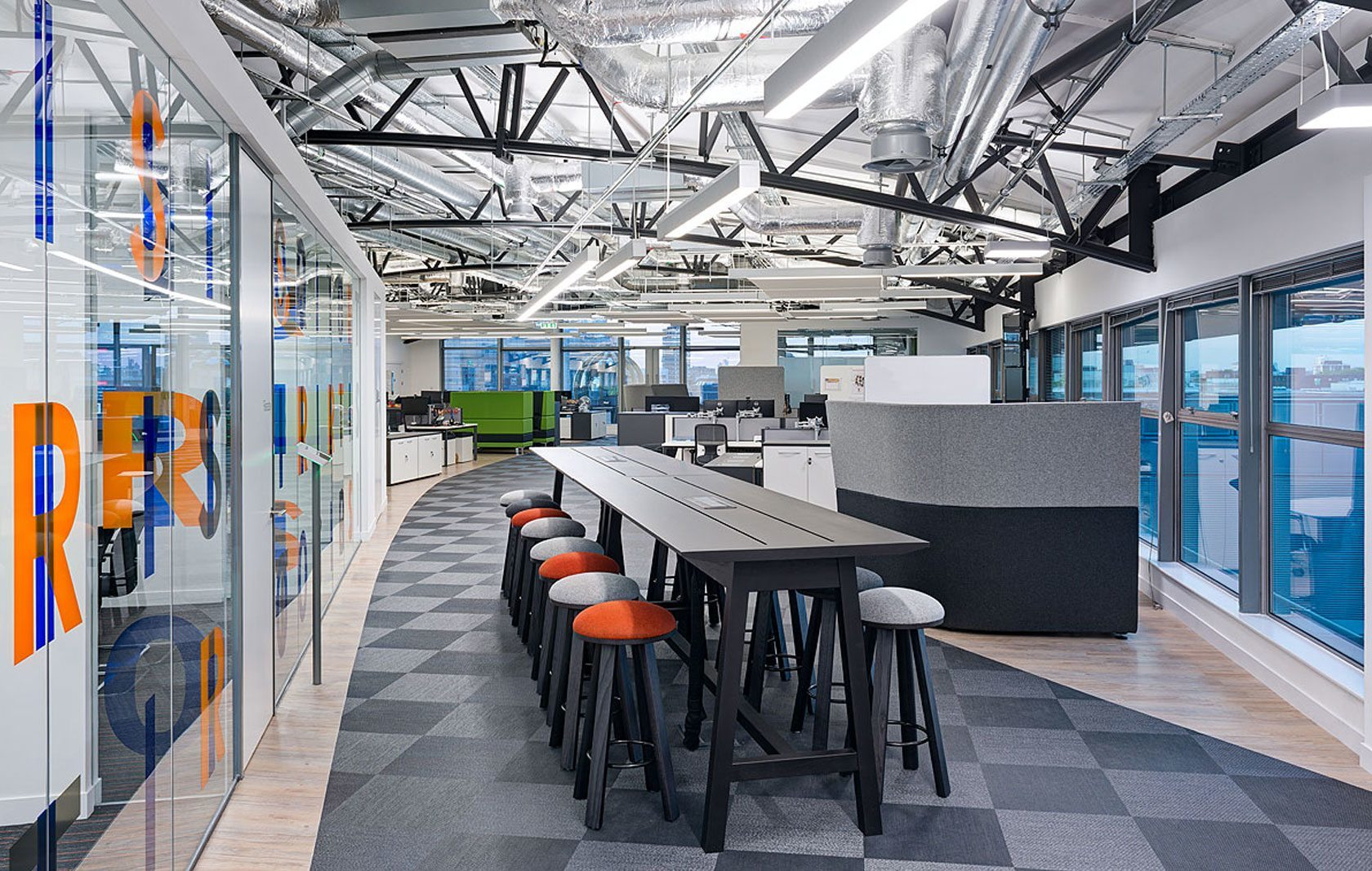 A peek inside itrs new london office officelovin 39 for It company interior