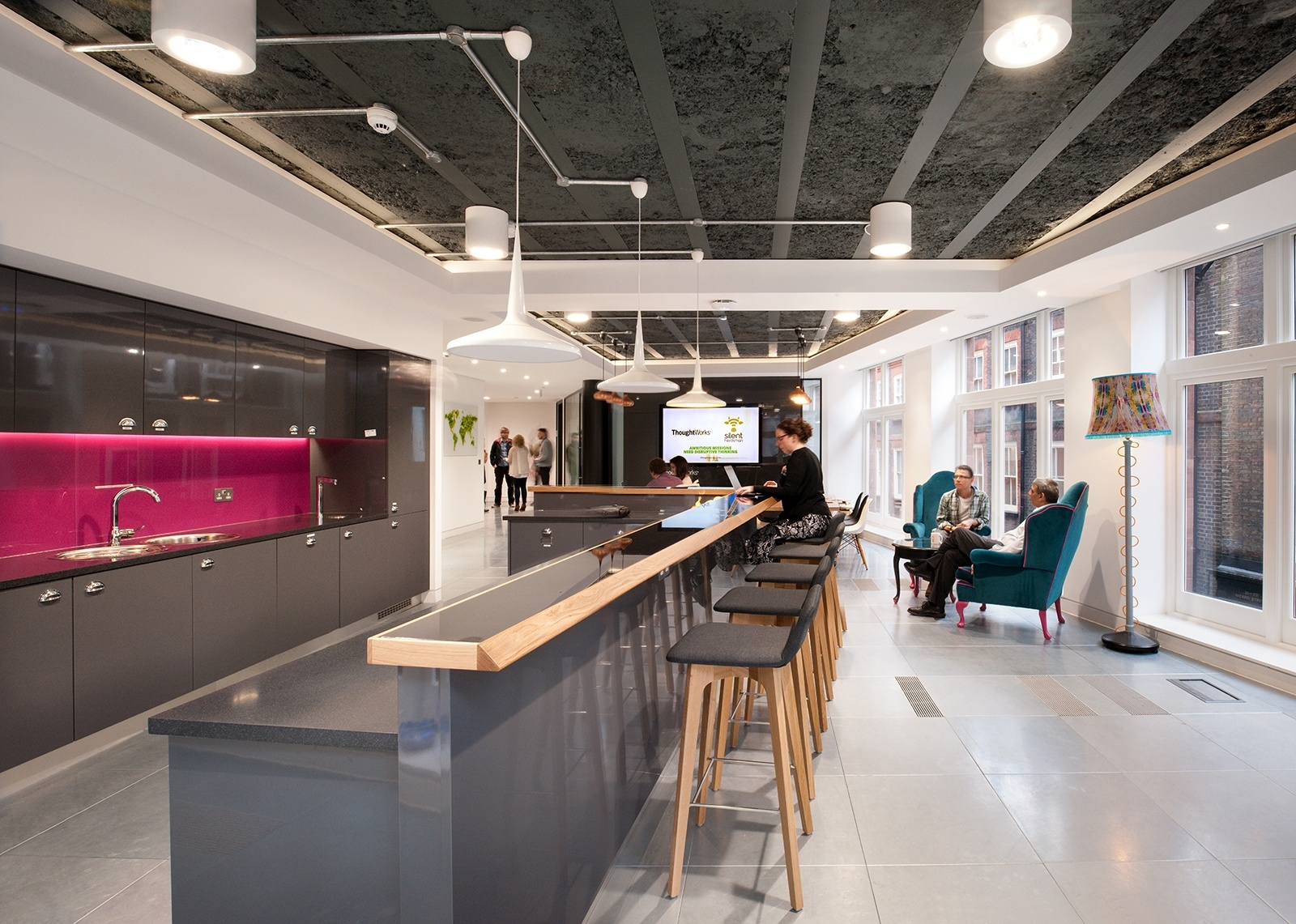 A look inside thoughtworks cool london office officelovin 39 200 sqft office interior