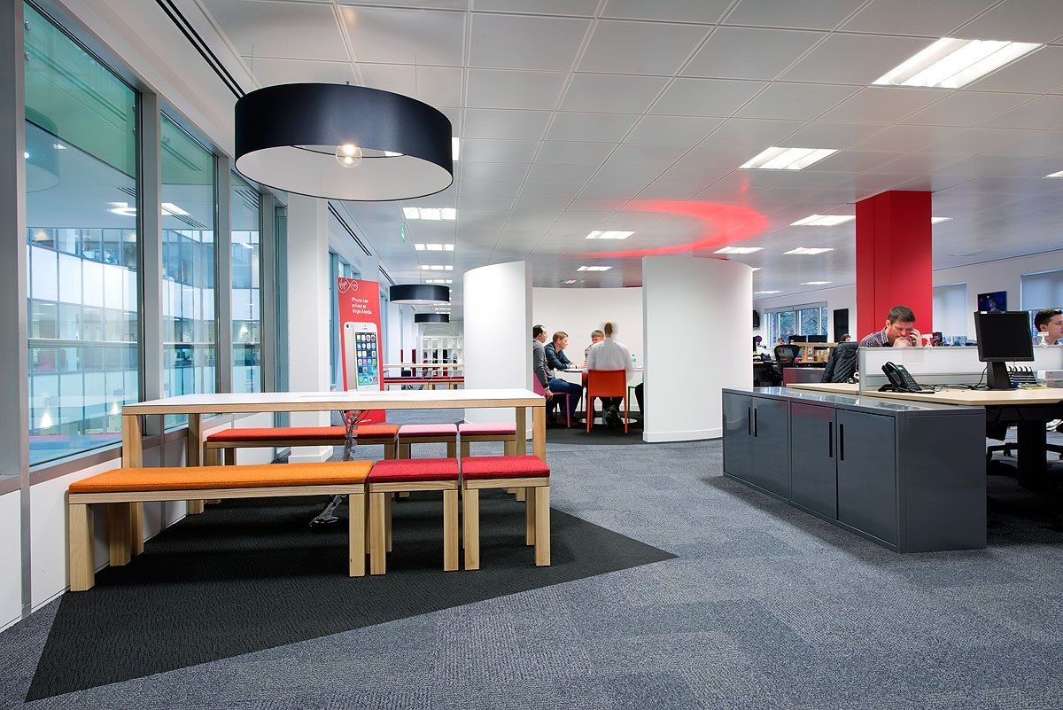 Take a tour of virgin media s london office officelovin 39 for Office photos