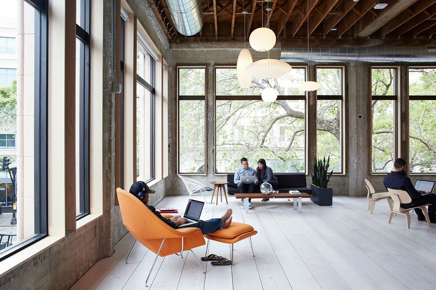 A look inside vsco s amazing headquarters in oakland for Office 15 design