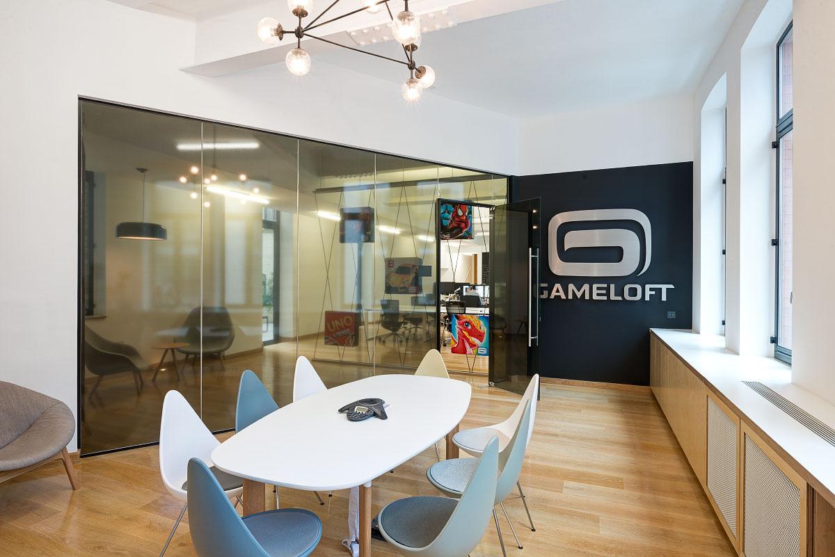 A Quick Look Inside Gameloft S New London Hq Officelovin