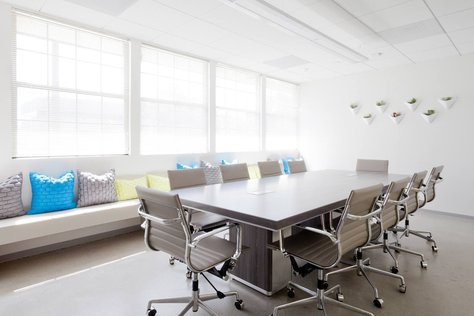 brand-knew-los-angeles-office-13