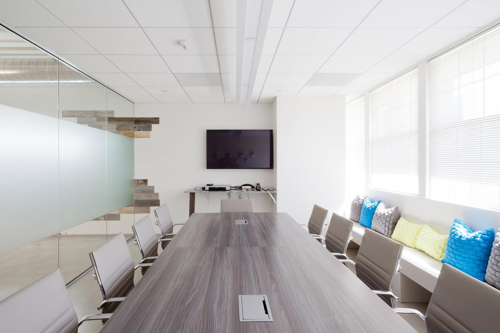 brand-knew-los-angeles-office-17