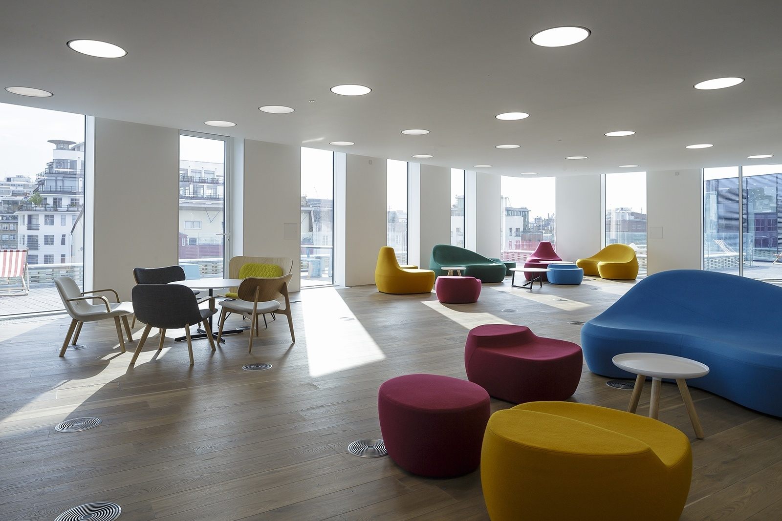 starcom-mediavest-office-23
