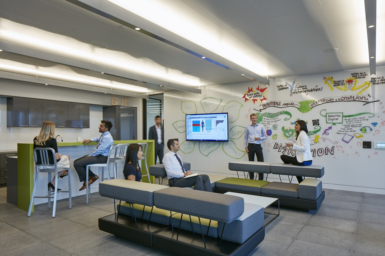 Inside Deloitte's New Elegant Montreal Office - Officelovin