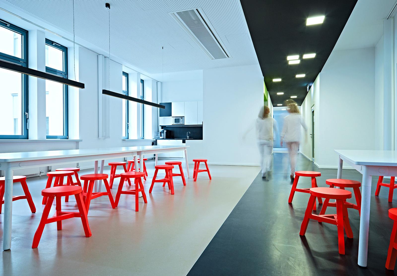 A Peek Inside Groupons Stylish Berlin Office Officelovin