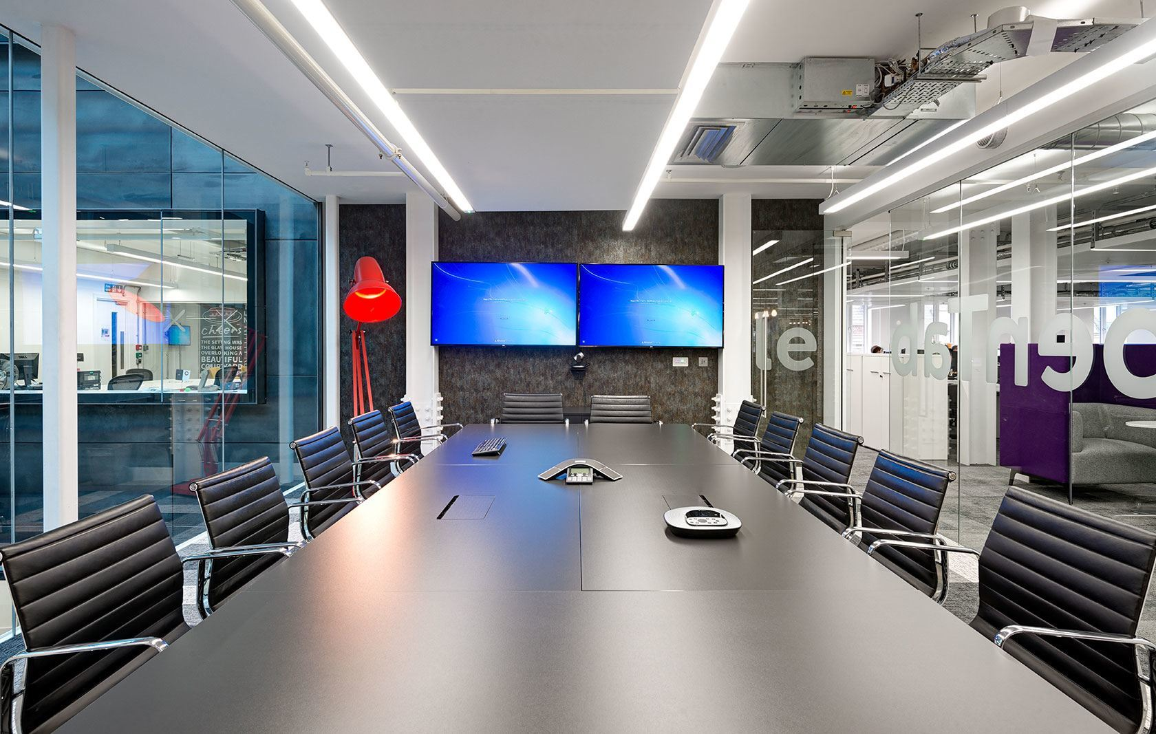 a tour of opentable s new beautiful london office officelovin rh officelovin com  opentable london office number