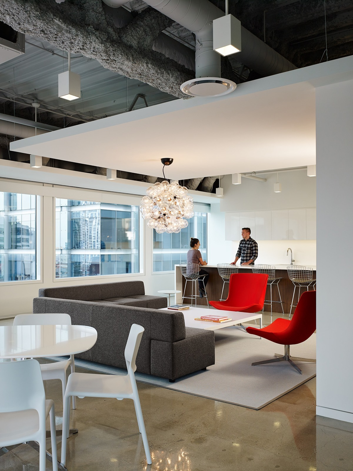 Inside Pivot Design S Elegant Chicago Office Officelovin